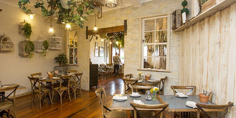 Ideas para decorar tu restaurante tuo agency for Ideas decoracion restaurante