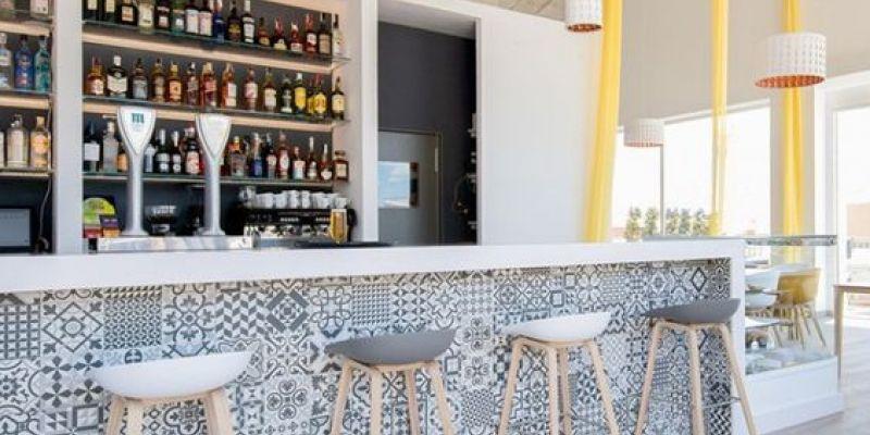 decoracion de bares pequeños