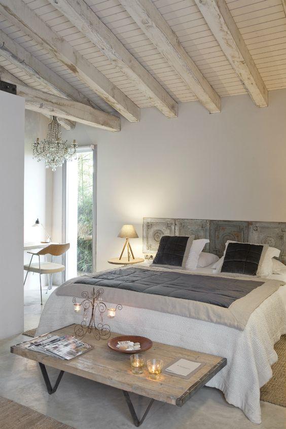 Muebles de madera modernos para decorar tuo agency - Como decorar una casa rural ...